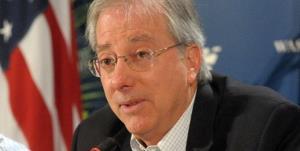 مقام سابق آمریکایی: برای دیپلماسی با ایران باید این کشور را بترسانیم