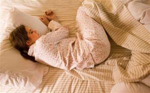 این افراد بصورت جنینی بخوابند!