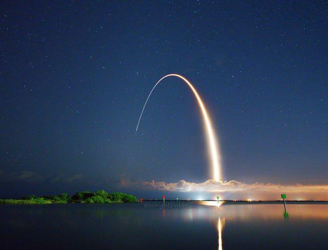 تصویری زیبا از پرتاب یک موشک در فلوریدا