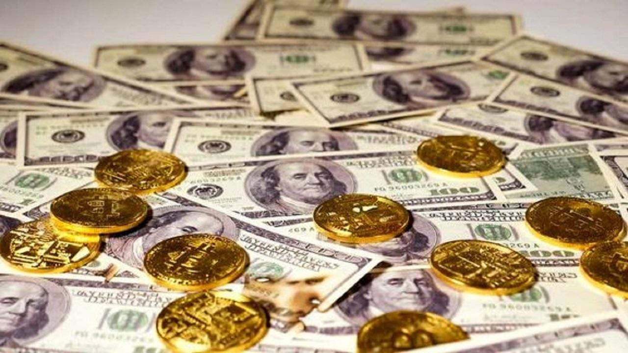 چراغ قرمز روی تابلوی سکه و طلا؛ دلار کاهشی شد