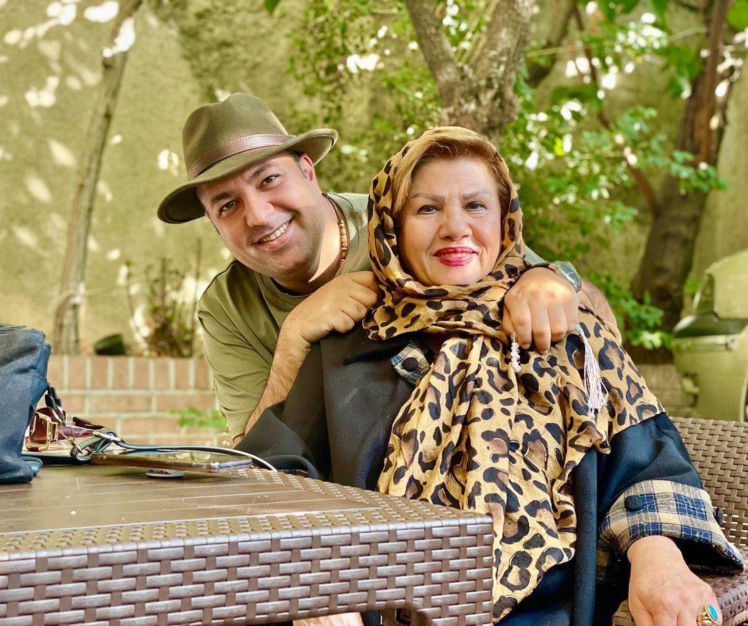 چهرهها/ یک ظهر دلچسب علی اوجی با مادرش