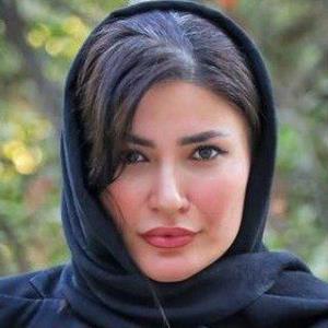 چهرهها/ ورزش سخت شیوا طاهری در خانه اش
