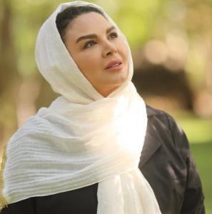 چهره ها/ عکس جدیدی از شهره سلطانی با شال سفید