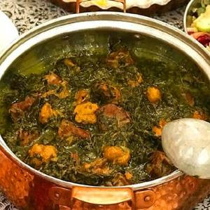 «خورشت آلو اسفناج»؛ یکی از خوشمزهترین غذاهای سنتی ایران