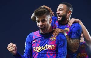 خلاصهبازی بارسلونا 1 - دیناموکیف 0