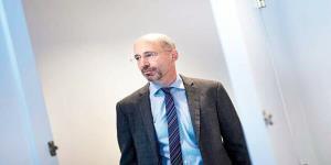 رابرت مالی با متحدان اروپایی در خصوص ایران گفتوگو میکند