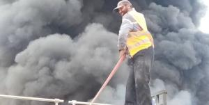 مهار آتشسوزی مهیب استخر قیر در جاده سرچم اردبیل