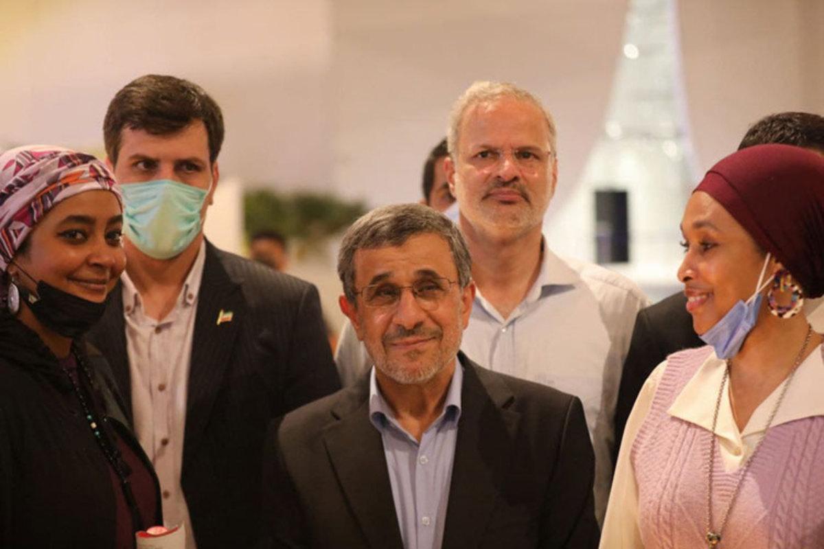امیریفر: احمدینژاد عطش دیدهشدن دارد