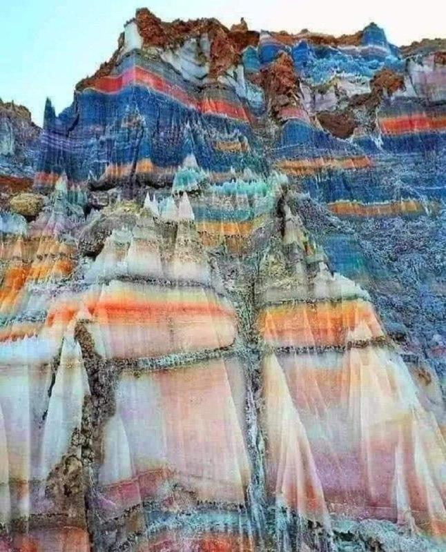 کوه نمکی شگفت انگیز در بوشهر