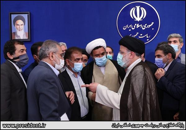 عکس/ حلقه نمایندگان آذربایجان غربی و شرقی به دور رئیسی