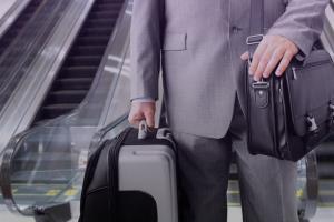 برخی مدیران برای سفرهای خارجی ۱۶ میلیون حق مأموریت میگیرند