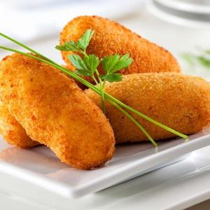 روشی عالی برای تهیه «کراکت مرغ پنیری» فرانسوی ها