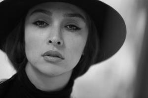 چهرهها/ پرتره سیاه و روشن از آناهیتا درگاهی