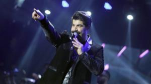 اجرای زنده آهنگ «وای دل بی قرارم» از بهنام بانی