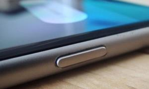 زمانی که دکمه پاور خراب است چگونه با گوشی موبایل کار کنیم؟