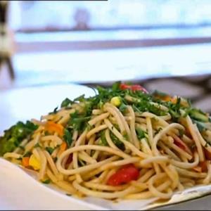 روش تهیه «اسپاگتی سبزیجات» با طعمی به یادماندنی
