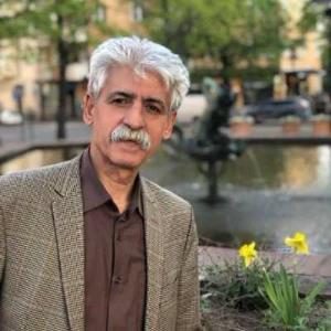آوازخوانی ناصر رزازی برای نوه ی خود