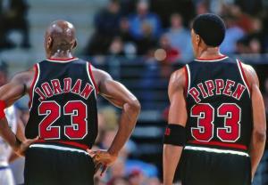 معرفی ۷۵ بازیکن برتر تاریخ NBA در آغاز لیگ هفتاد و پنجم
