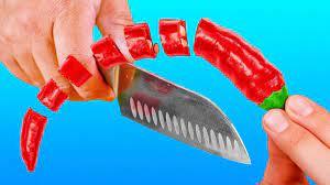 مهارتش دیدنیه؛ چاقوشم خیلی تیزه!