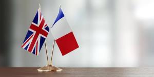 فرانسه در پی گرفتن انتقام قرارداد زیردیایی از انگلیس