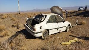 واژگونی خودرو بر اثر ترکیدن لاستیک در محور ماژان به مختاران