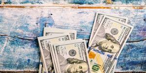 چرا نرخ دلار پایین نمیآید؟