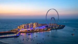 ویدیوی افتتاحیه بزرگترین چرخ و فلک دنیا را ببینید