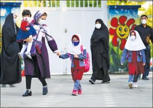 آموزش و پرورش: دانش آموزان مدارس پرجمعیت بالای ۶۰۰ نفر احتمالا ۲ روز در هفته مدرسه بروند