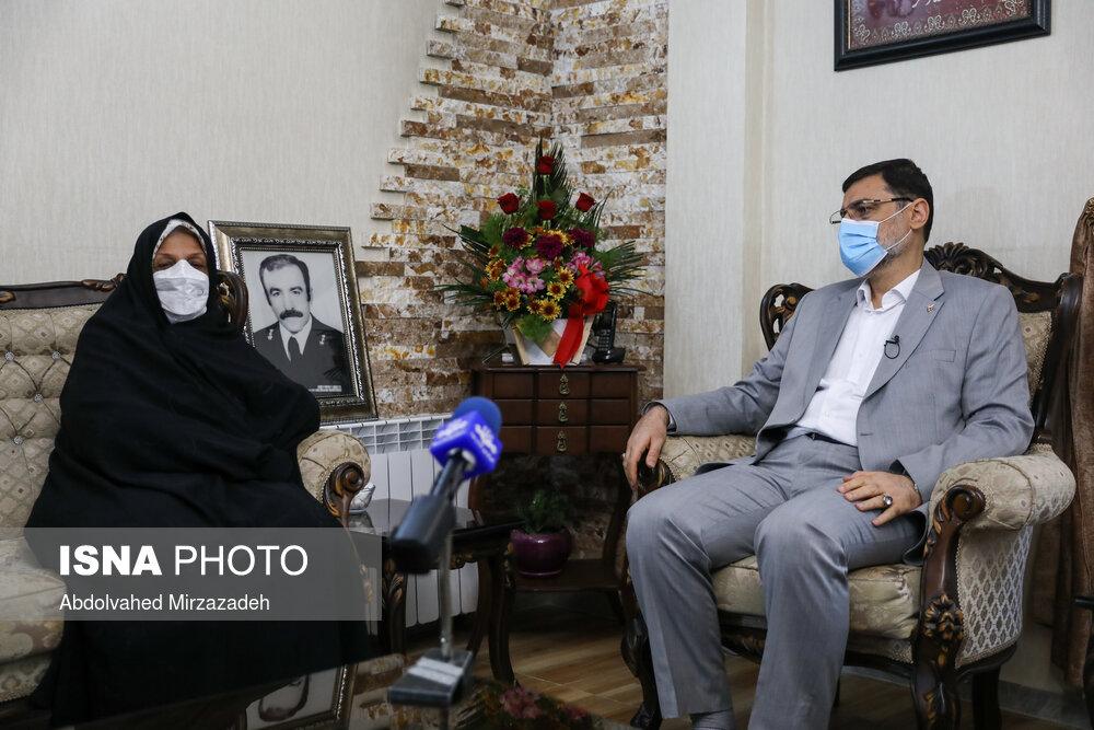 عکس/ دیدار معاون رییس جمهور با خانوادههای شهدای اهل تسنن