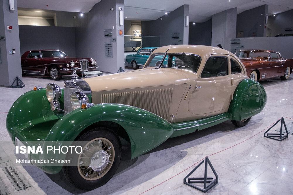 عکس/ افتتاح موزه خودروهای تاریخی در ایران