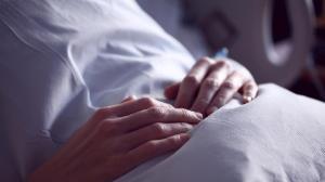 زنی که پس از ۱۹ بار سقط جنین غیرعمد سرانجام مادر شد