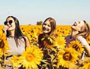 چگونه یک زن شاد باشیم؟