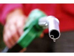 توزیع ۱۱۴ هزار لیتر سوخت بین بهره برداران محمودآبادی