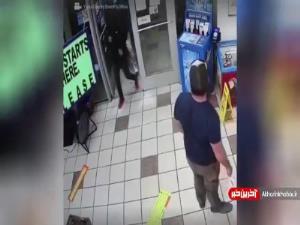 رویارویی سارق با یک کهنه سرباز در فروشگاه!