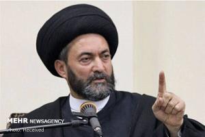 امام جمعه اردبیل: جمهوری اسلامی ایران مردم را از خواب ۵۰۰ ساله بیدار کرد