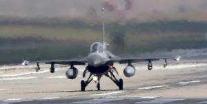 ترکیه: کار فنی خرید 70 فروند جنگنده «اف-16 وایپر» آغاز شد