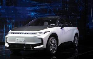 سازنده آیفون خودروهای الکتریکی خود را معرفی کرد