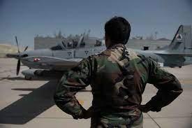 آمریکا: خلبانان افغانستانی را به زودی از تاجیکستان جابجا میکنیم