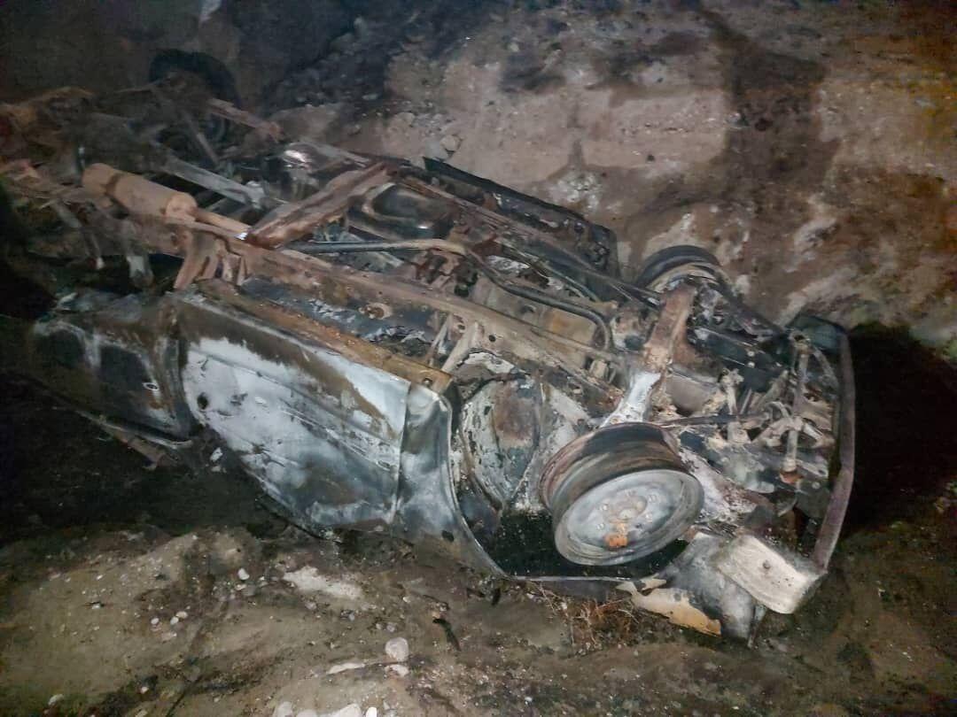برخورد پرشیا با تیر برق در نمین ۴ نفر را به کام مرگ کشاند