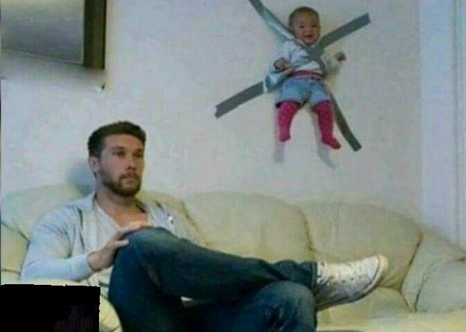 وقتی بچه رو با باباش تنها میذاری!