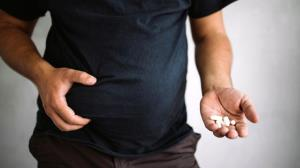 ۱۰ داروی رایج که باعث افزایش وزن میشوند