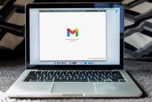 قابلیتهای جدید جیمیل از ارسال ایمیل اشتباه جلوگیری میکنند