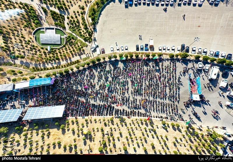 کوهپیمایی ۳۰۰۰ نفری بسیجیان تهران