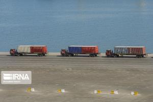 توسعه تجارت با کشورهای همسایه