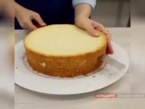 کیک تولد ساده چند طبقه
