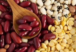 قیمت حبوبات و برنج در بازار بیرجند ثبات دارد