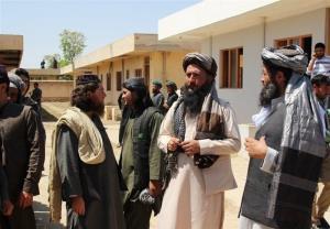 تسلیم شدن دهها عضو داعش به طالبان در شرق افغانستان