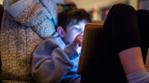 خطر مکالمات جنسی در کمین بچه ها
