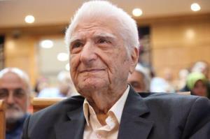 درگذشت سالمندترین روزنامهنگار دهاتی
