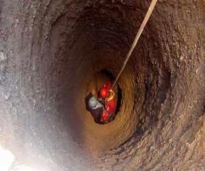 نجات بانوی ۴۵ ساله از چاه آشپزخانه در ایوان کی